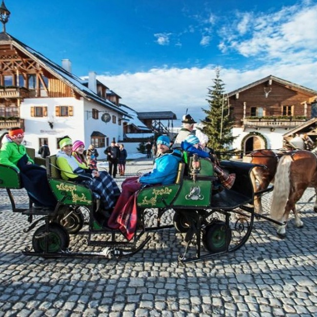 With the horse-drawn sleigh to the Advent market  ©TVB Annaberg-Lungötz